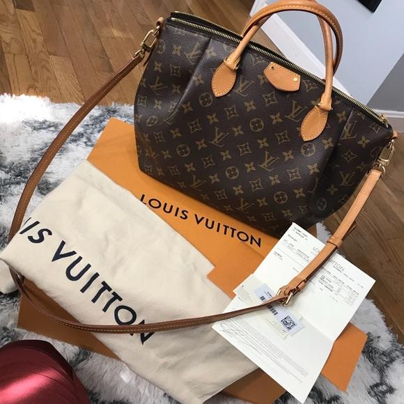 4e64832d2bfb Louis Vuitton Handbags - Louis Vuitton Turenne MM Monogram Purse Crossbody